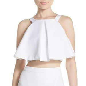 Elliatt 'Statue' ruffle white crop top